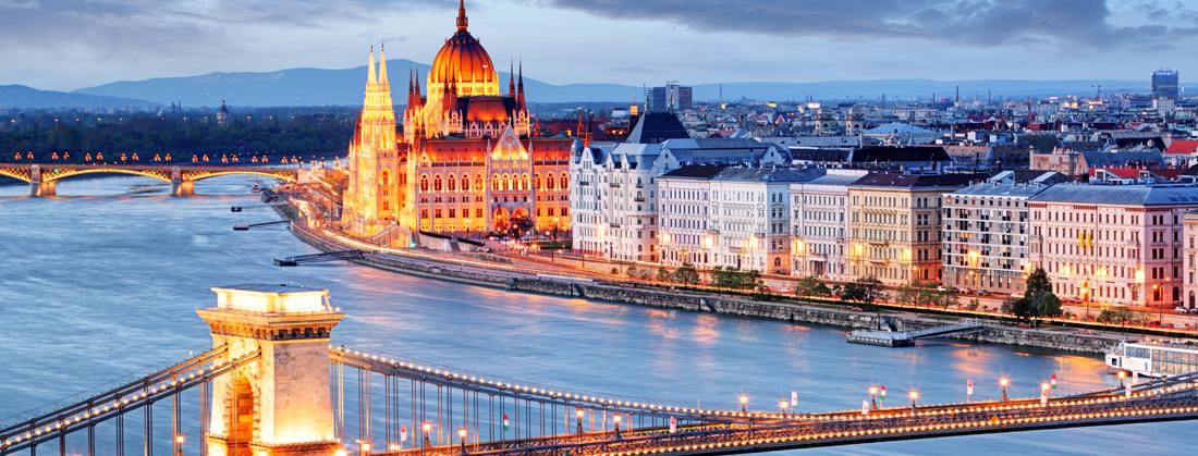 50ff125b19 A Commerzbank Zrt. Magyarországon 1993 óta kínálja szolgáltatásait  vállalati ügyfeleinek. A bank a budapesti központon kívül három városban,  Kecskeméten, ...